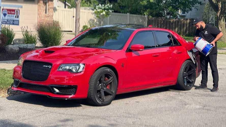 """Intip Hellephant Chrysler 300 Custom Ini, Sang """"Supercar Killer"""""""