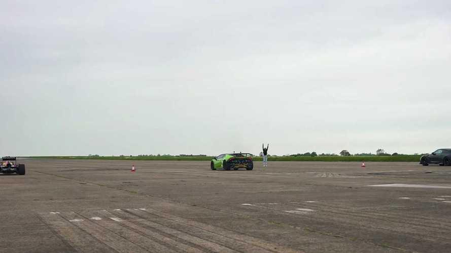 Vídeo: carrera entre un F1, un 'Lambo' Huracán y un Nissan GT-R