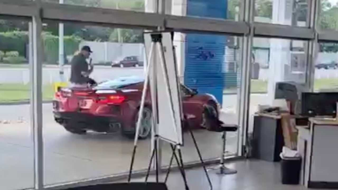 Guy Steals Corvette Off Dealer Lot Right In Front Of Salesperson