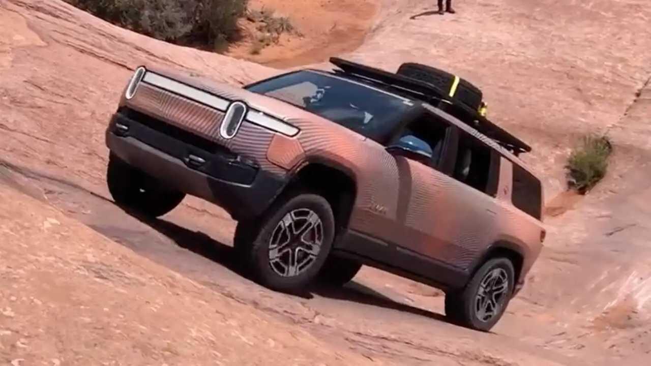 Rivian R1S Prototype Off-Road Video