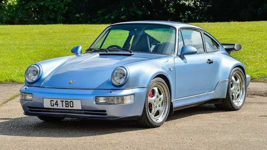 La Porsche 911 di Jenson Button va all'asta