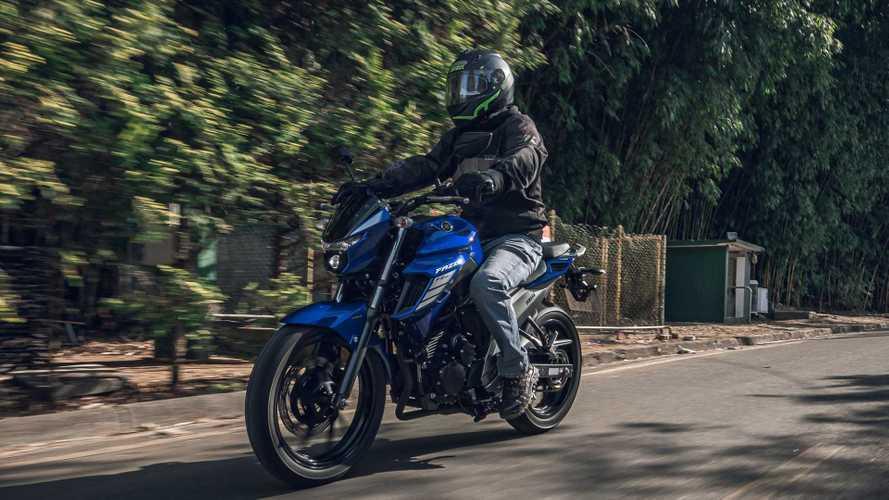 Vendas: Honda PCX e Yamaha Fazer 250 se recuperam na 1ª quinzena