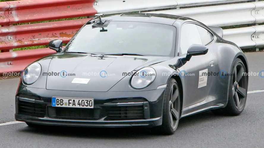 Porsche 911 Sport Classic (992) als Erlkönig erwischt