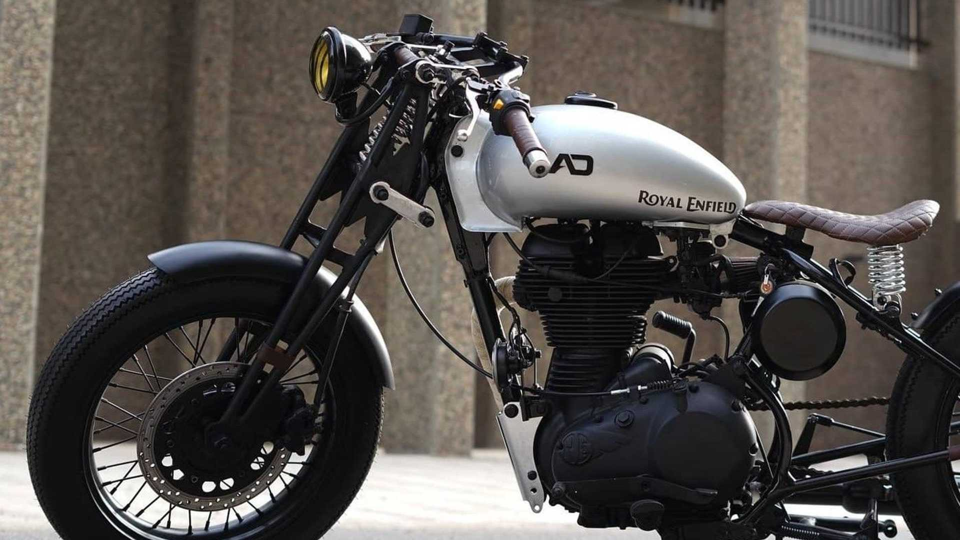 Tribal 350: Royal Enfield Classic 350 - Front End, Left