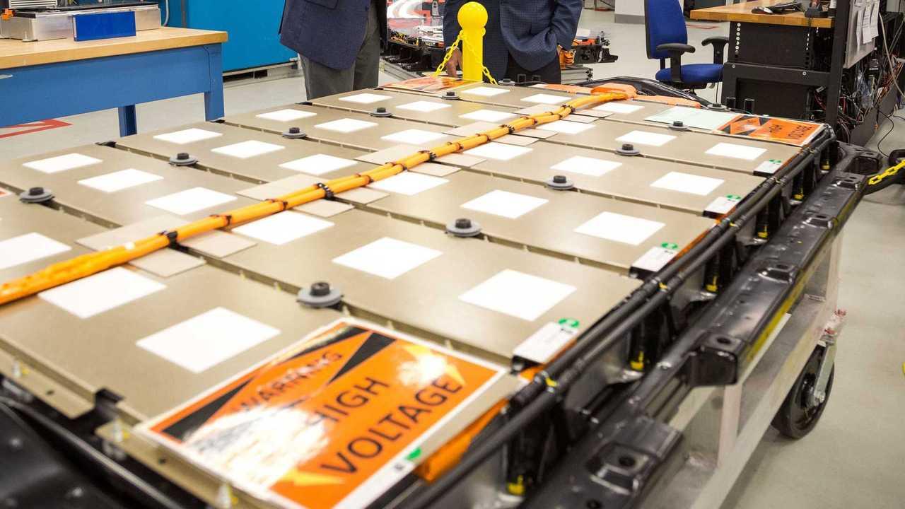 Produzione di batterie presso uno stabilimento General Motors