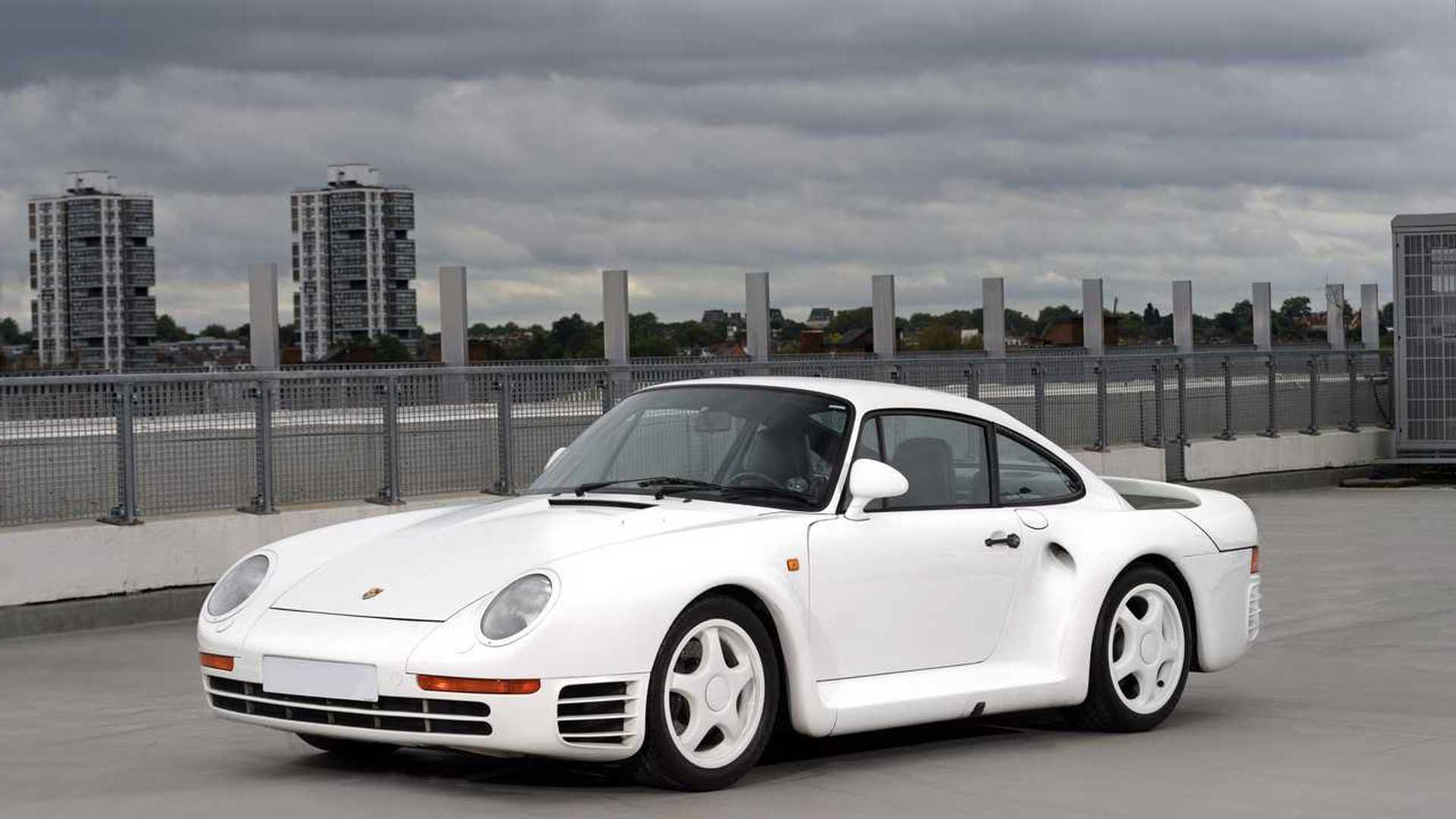 Három különleges Porsche kerül kalapács alá