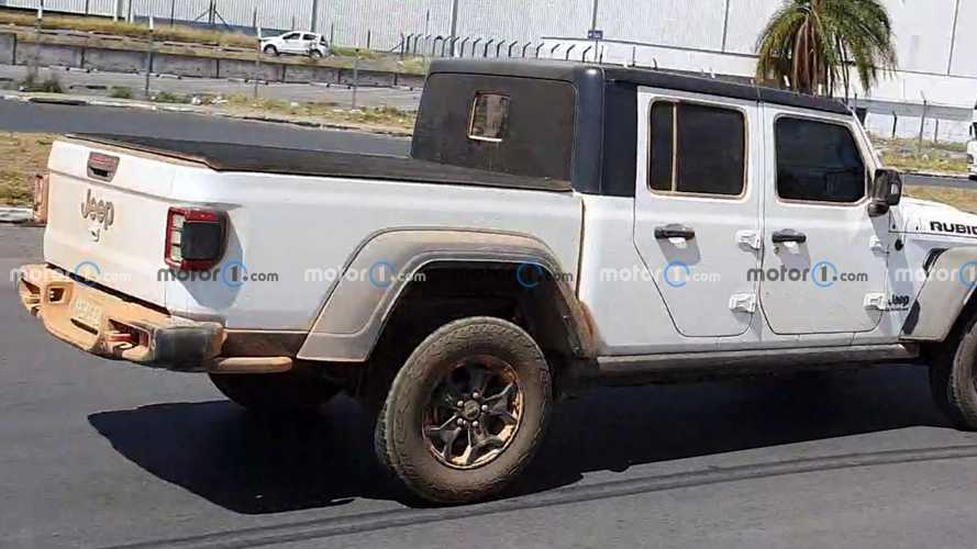 Jeep Gladiator Rubicon no Brasil (novo flagra)