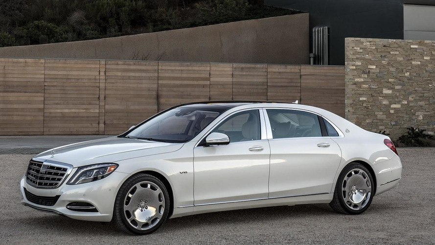 Mercedes-Maybach Landaulet to drop half its top in Paris