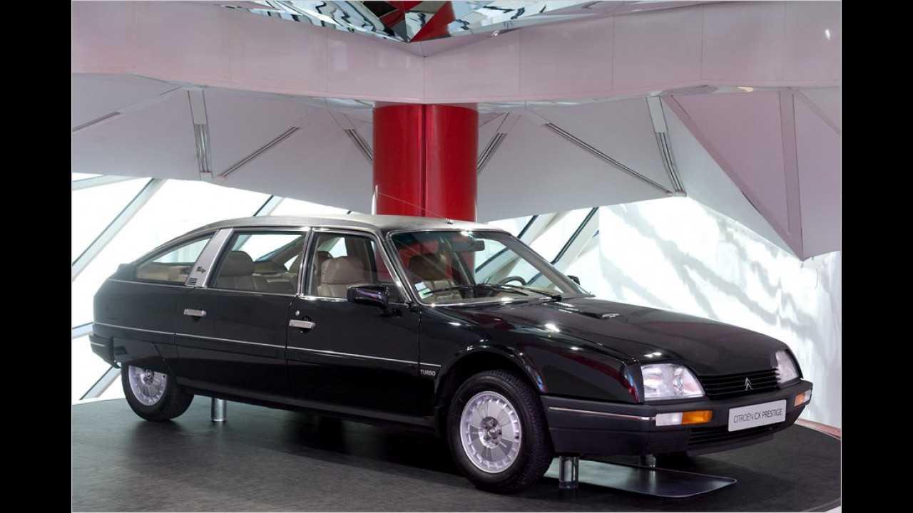 François Mitterand, Präsident von 1981 bis 1995, ließ sich in einem Citroën CX Prestige bewegen. Der CX wurde 1974 als Nachfolger der DS-Baureihe vorgestellt.