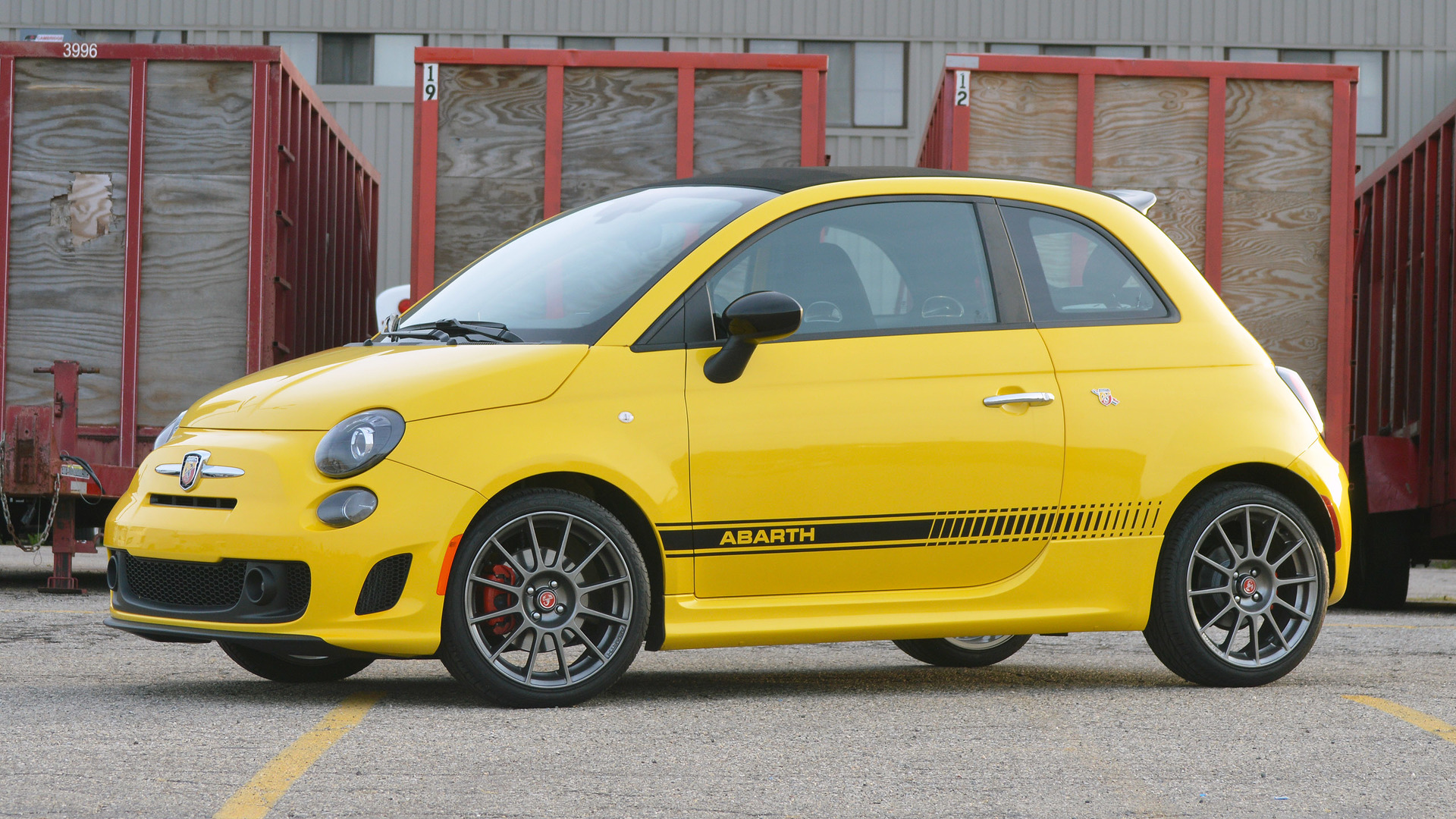 2016 Fiat 500 Abarth >> 2016 Fiat 500c Abarth Review Everything S A Compromise