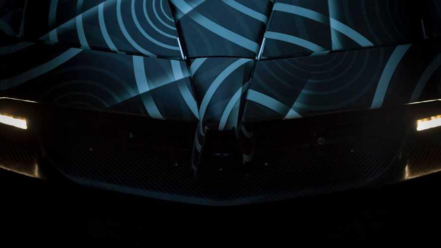 Pagani Huayra Roadster'ın teaserı yayınlandı