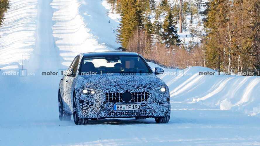 Yeni 2021 Mercedes-AMG C-Serisi Sedan Casus Fotoğrafları