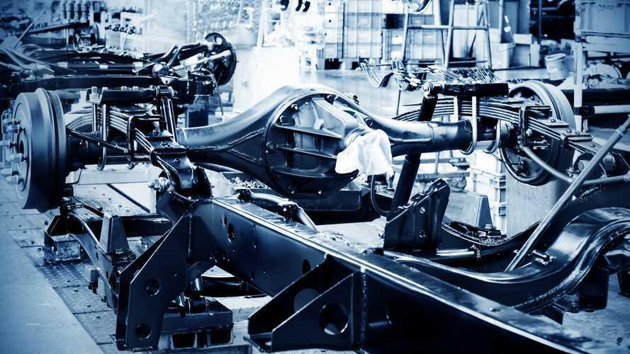 20%-kal kevesebb személyautót termelhetnek ki a márkák idén