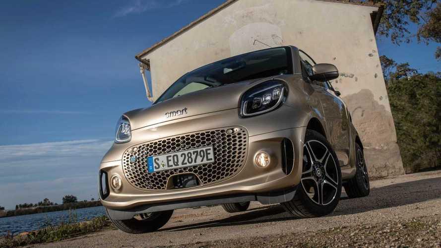 Mercedes anuncia que irá vender fábrica que produz o Smart EQ Fortwo