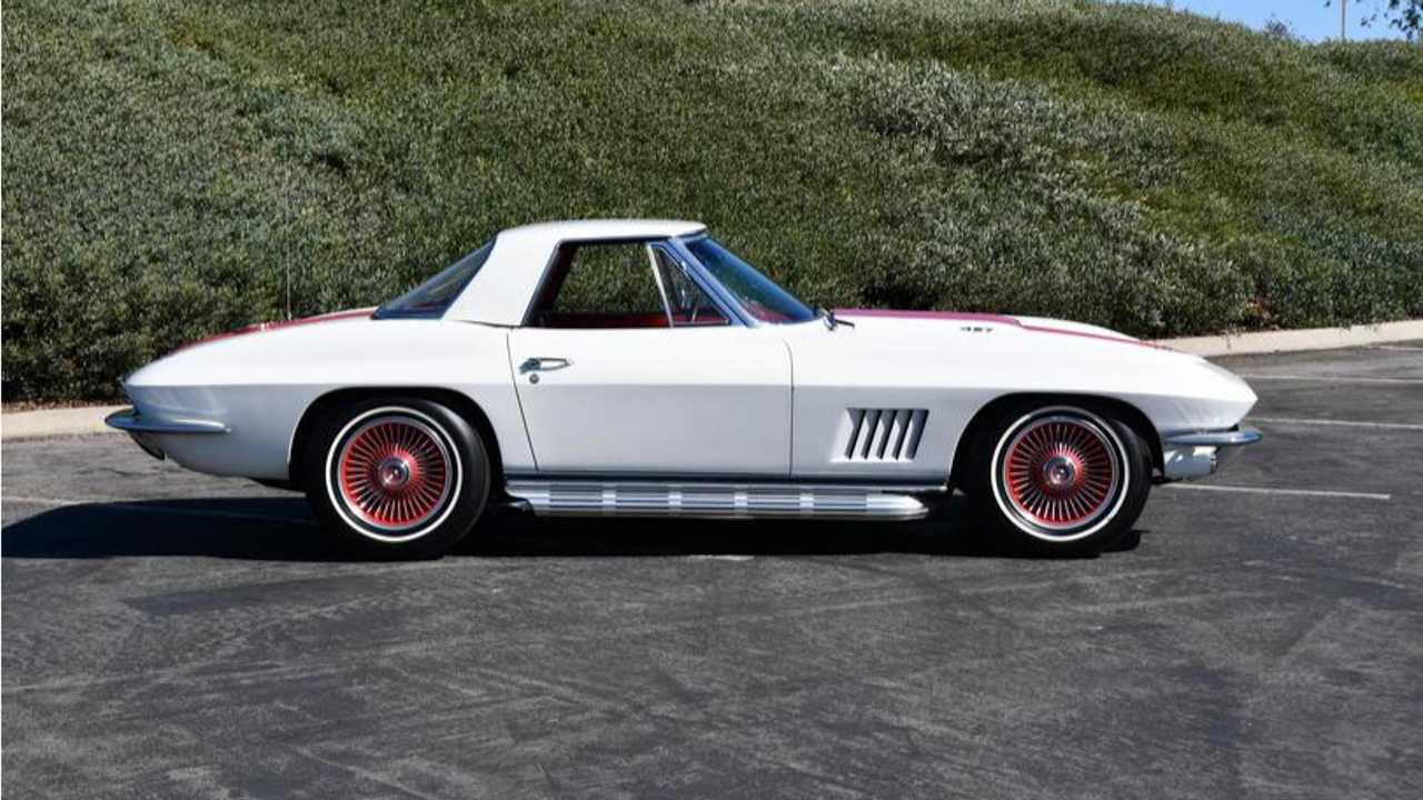 Bill Mitchell's 1967 COPO Corvette Up For Auction
