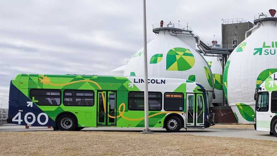 Nebraska's StarTran Celebrates Arrival Of Its First EV Bus