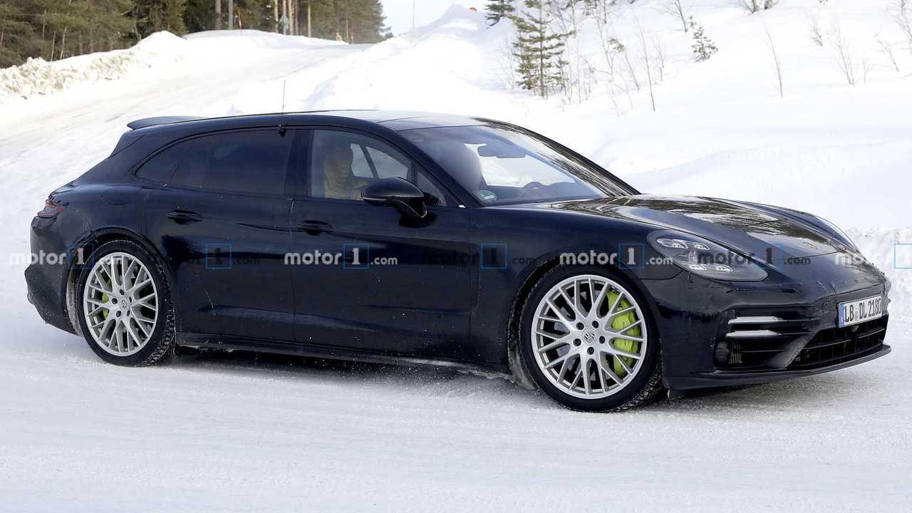 Porsche Panamera Sport Turismo Refresh Spy Photos