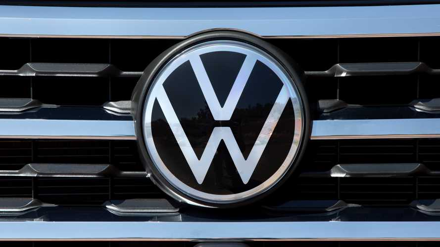 Here's what the new Volkswagen logo looks like on a grille