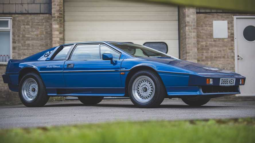 'Holy grail' Lotus Esprit offered without reserve