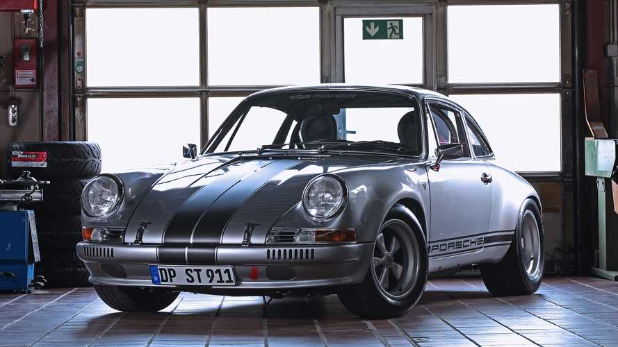 Porsche 911 Restomod Makes Less-Is-More Approach Look Exciting