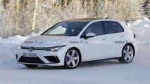 VW Golf R (2020) zeigt sich auf neuen Fotos praktisch ungetarnt