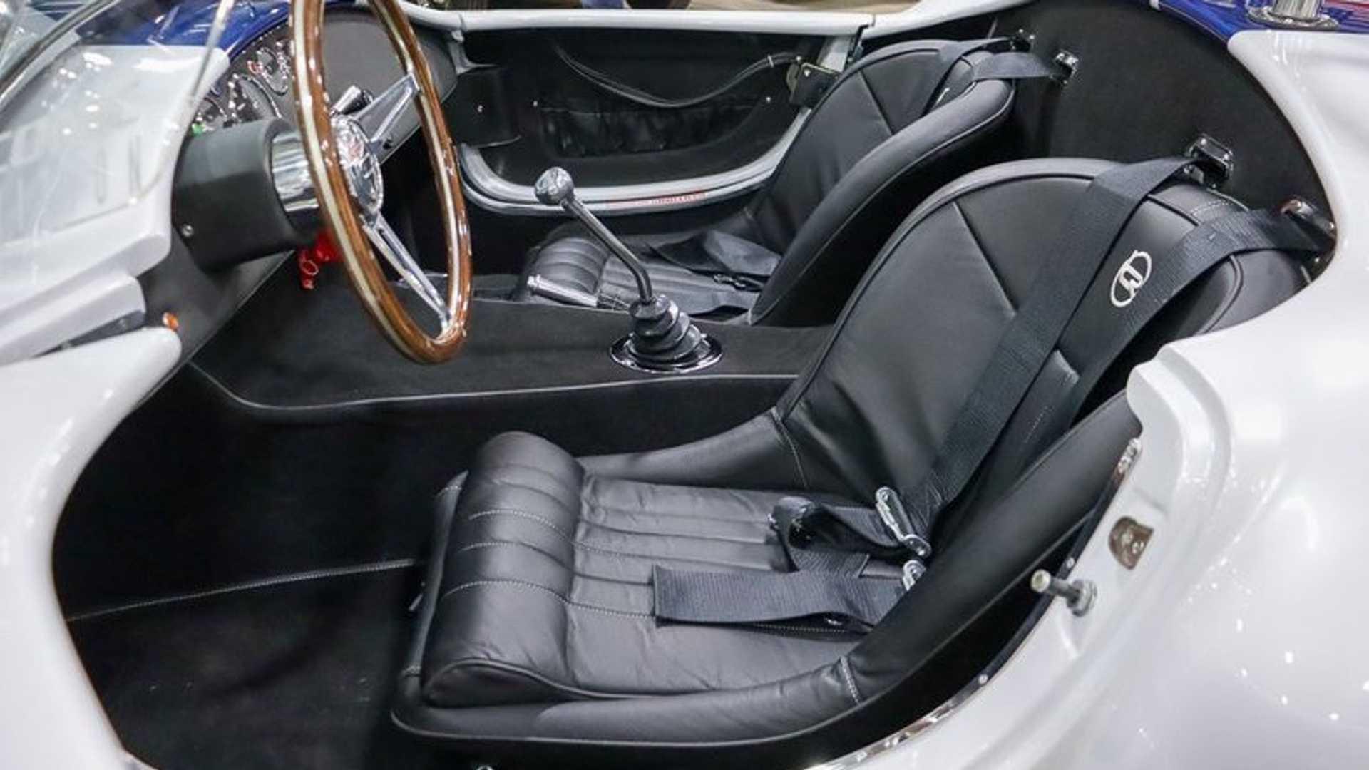 """[""""Fire Up This 1965 Shelby Cobra Replica""""]"""