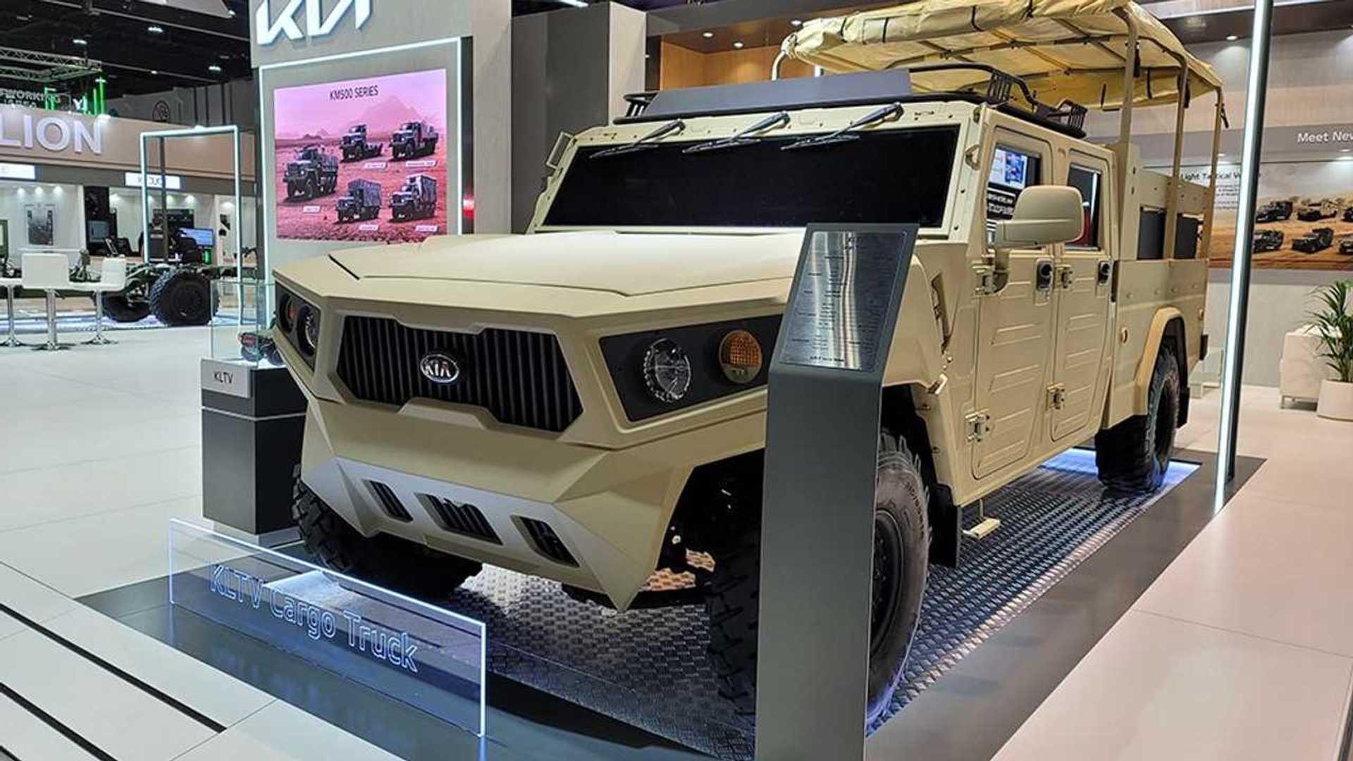 Kia показывает свою жесткую сторону, представив концепт тактического автомобиля на выставке IDEX Expo