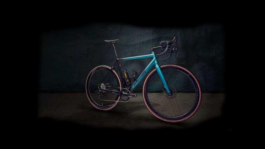 Ecco la bici elettrica più leggera al mondo: pesa 8,5 kg (e ha un trucco)