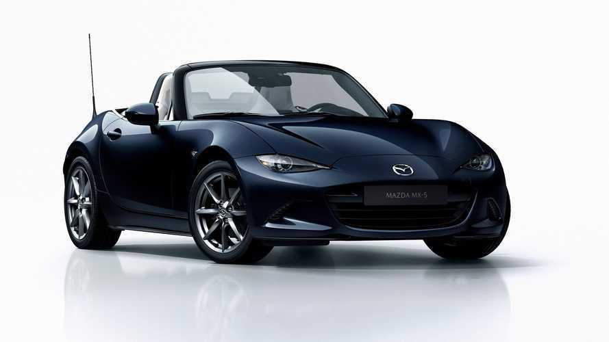 Mazda MX-5, i prezzi e le novità del model year 2021
