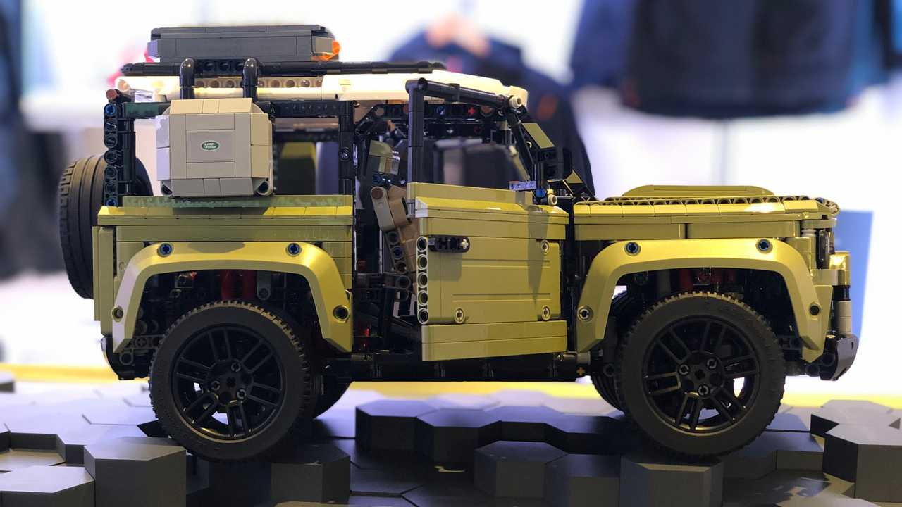 Land Rover Defender 90 Lego Technic
