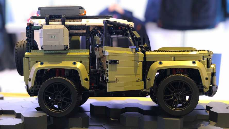 Land Rover Defender 90 Lego Technic al Salone di Francoforte 2019