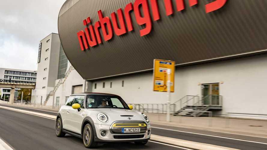La Mini Cooper SE, sur le Nürburgring, sans jamais freiner