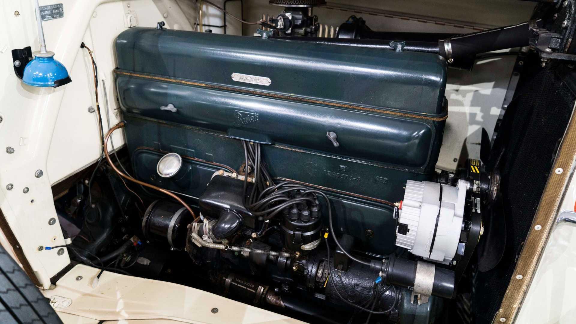"""[""""Grab An Ultra-Rare 1931 Buick 95 Phaeton""""]"""