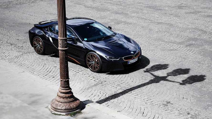 Felére csökkentené hagyományos motorjai számát a BMW
