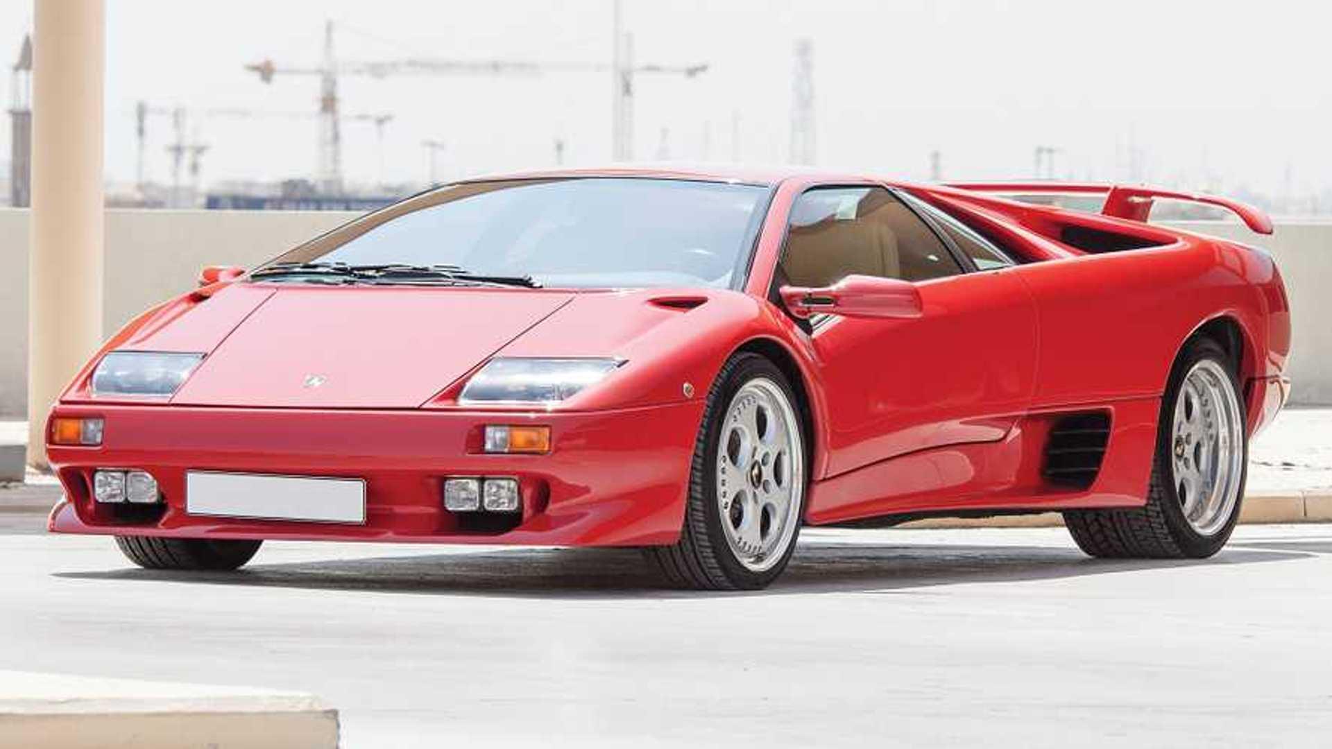 Une Lamborghini Diablo VT de 1999 vaut la moitié d'une Aventador