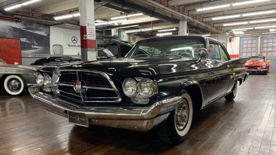1960 Chrysler 300F Promises Smooth Cruising