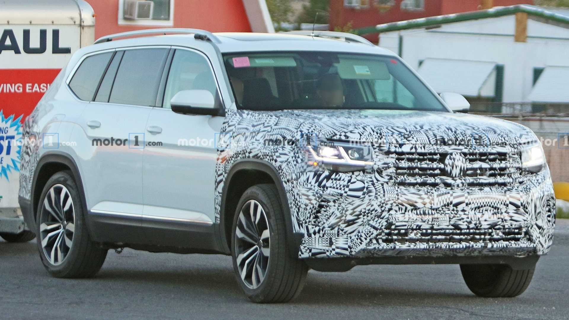 2021 VW Atlas Release Date, Changes, Review, And Specs >> Facelifted Volkswagen Atlas Spied For The First Time