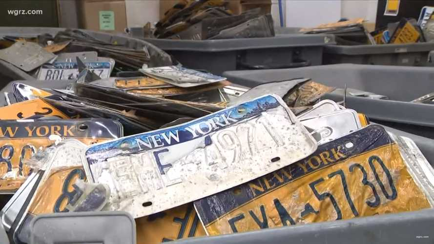 New Yorkers Forced To Pay For New Plates Because Old Ones Fall Apart