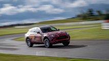 Aston Martin DBX, gli ultimi test