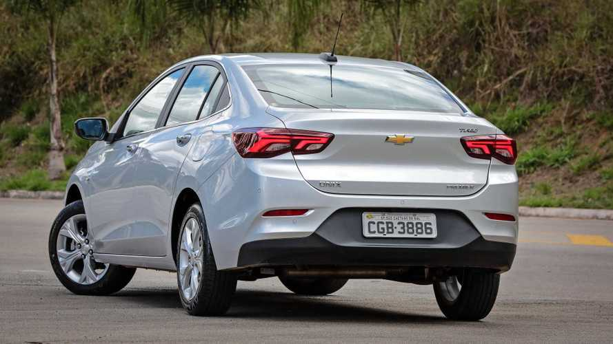 Comparativo - Chevrolet Onix Plus vs. Hyundai HB20S