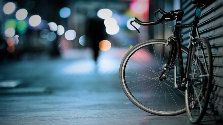 Bici, possibili novità su sosta e contromano