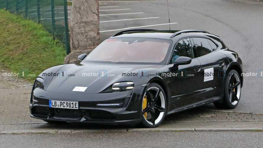 Porsche Taycan Cross Turismo Spy Photos