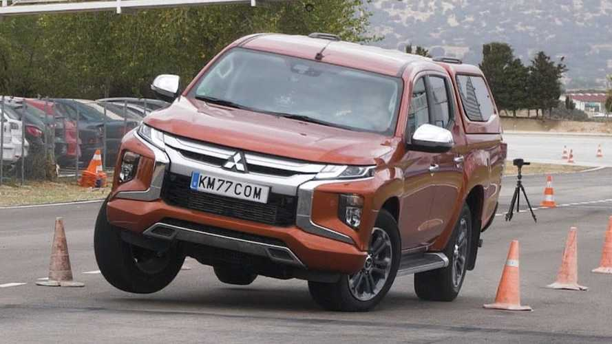 Mitsubishi L200 on the moose test: Not terrible, not great