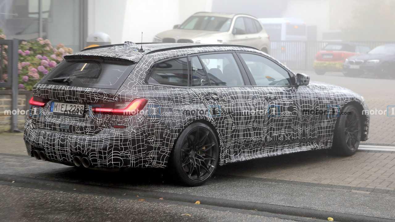 BMW M3 Touring Spy Foto Angolo Posteriore