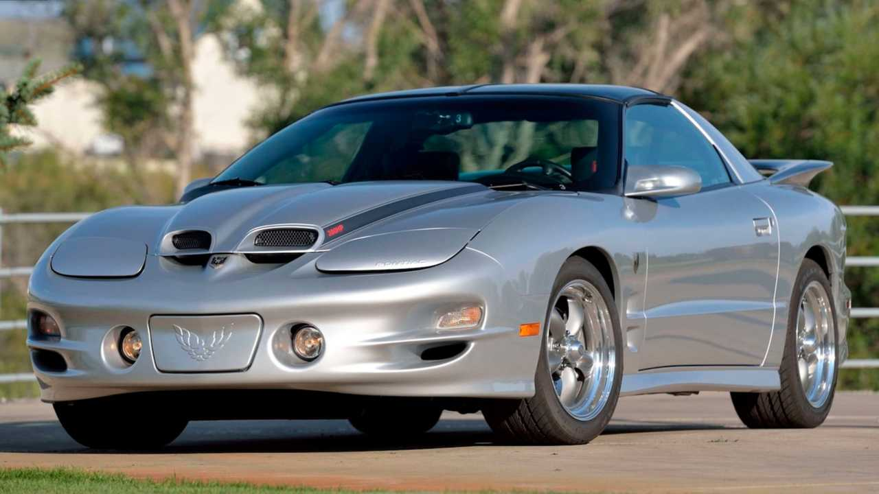 2002 Pontiac Trans Am GMMG Blackbird Year One Edition Up For Auction