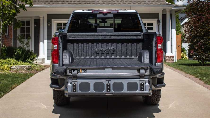 2021 Chevrolet Silverado Gets A Multi-Flex Tailgate, Better Towing