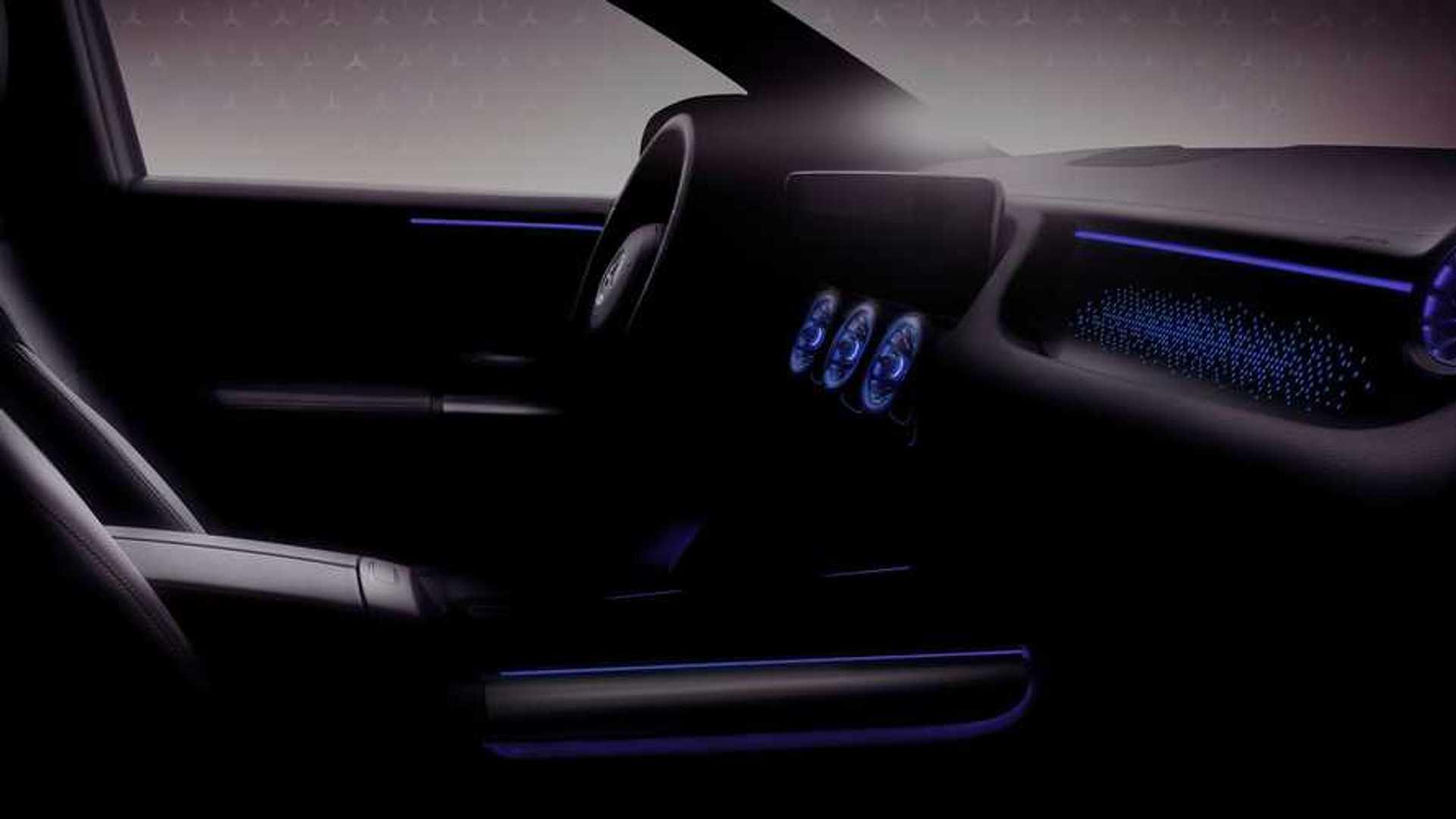 Электрический кроссовер Mercedes EQA развивает мощность до 268 лошадиных сил