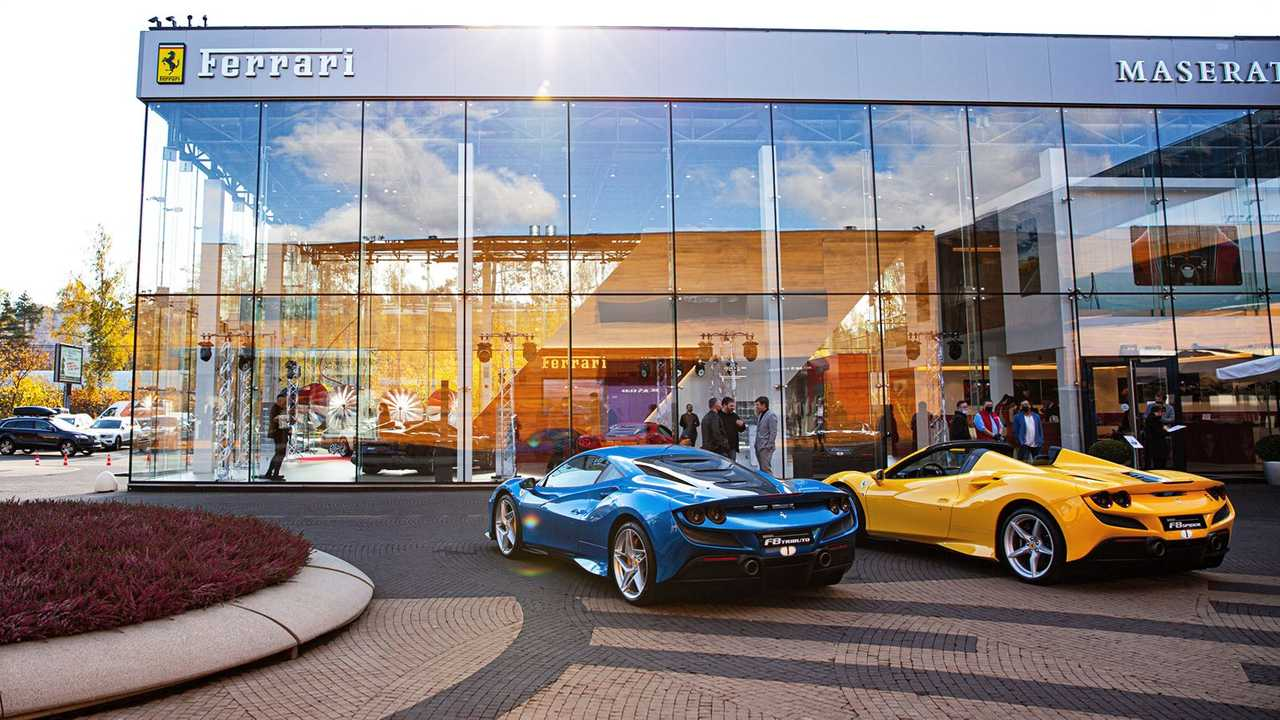 Ferrari F8 & Roma Russian launch