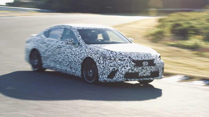 Lexus rivoluziona la trazione integrale per auto ibride e elettriche