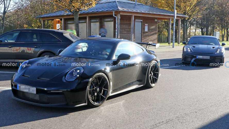 Porsche 718 Cayman GT4 RS new spy photos